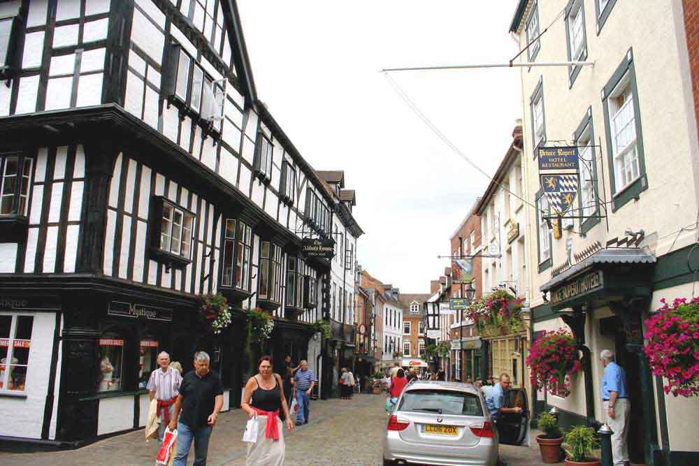 Enjoy the shopping facilities in Shrewsbury