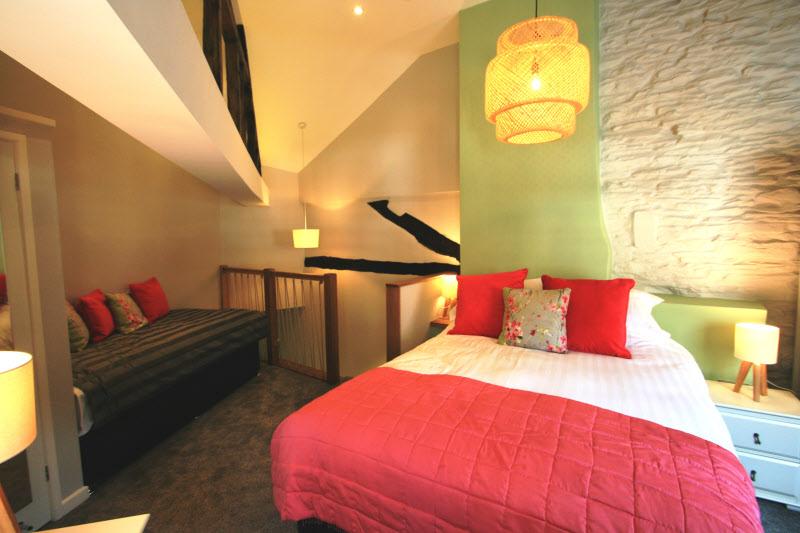 bedroom in bishops castle cottage